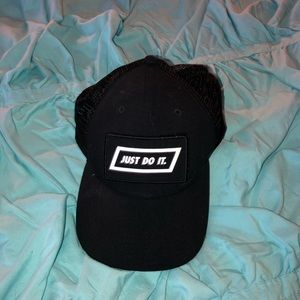 JDI Adjustable mesh hat